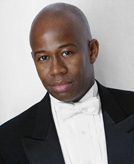 <em>Maestro Andre' Raphel</em>