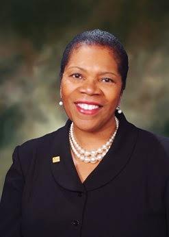 Mayor Paula Hicks-Hudson